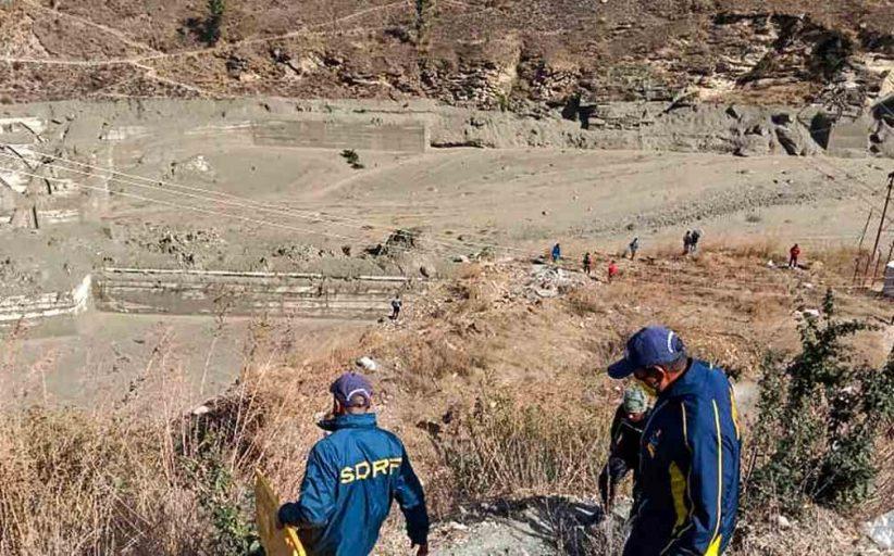ग्लेशियर टूटने से आई तबाही के बाद बचाव कार्य युद्ध स्तर पर जारी